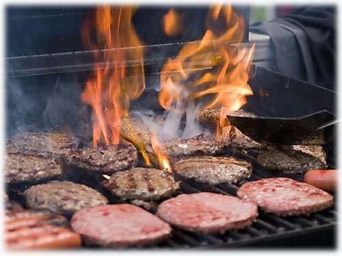 Grilling%20burgers